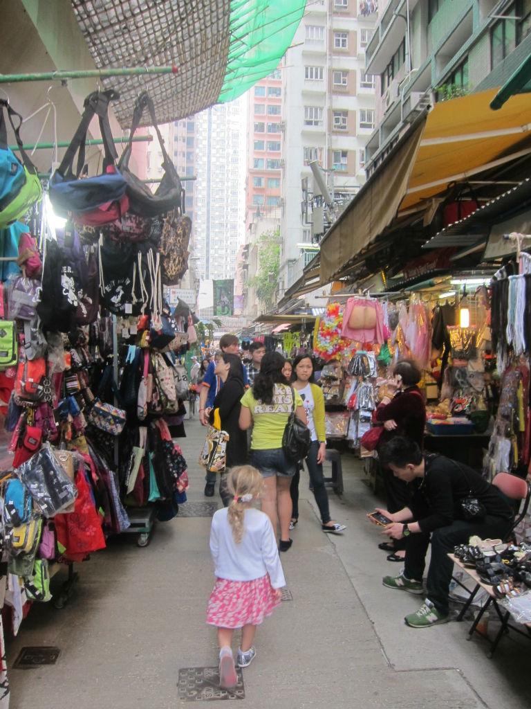 Daisy in Wanchai Market