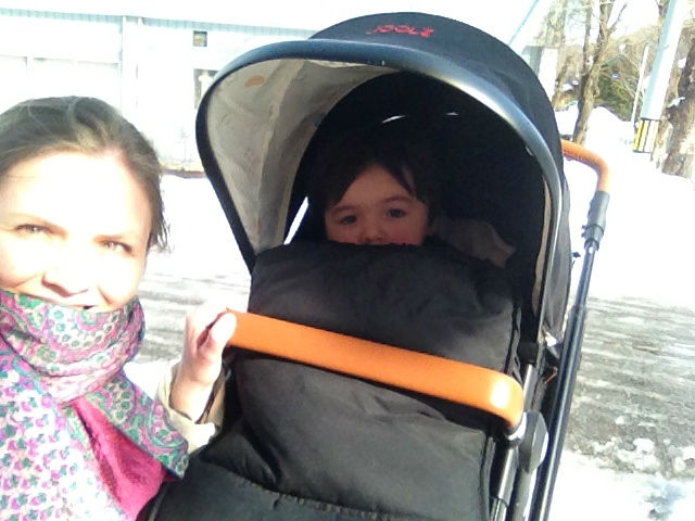 Joolz stroller in snow
