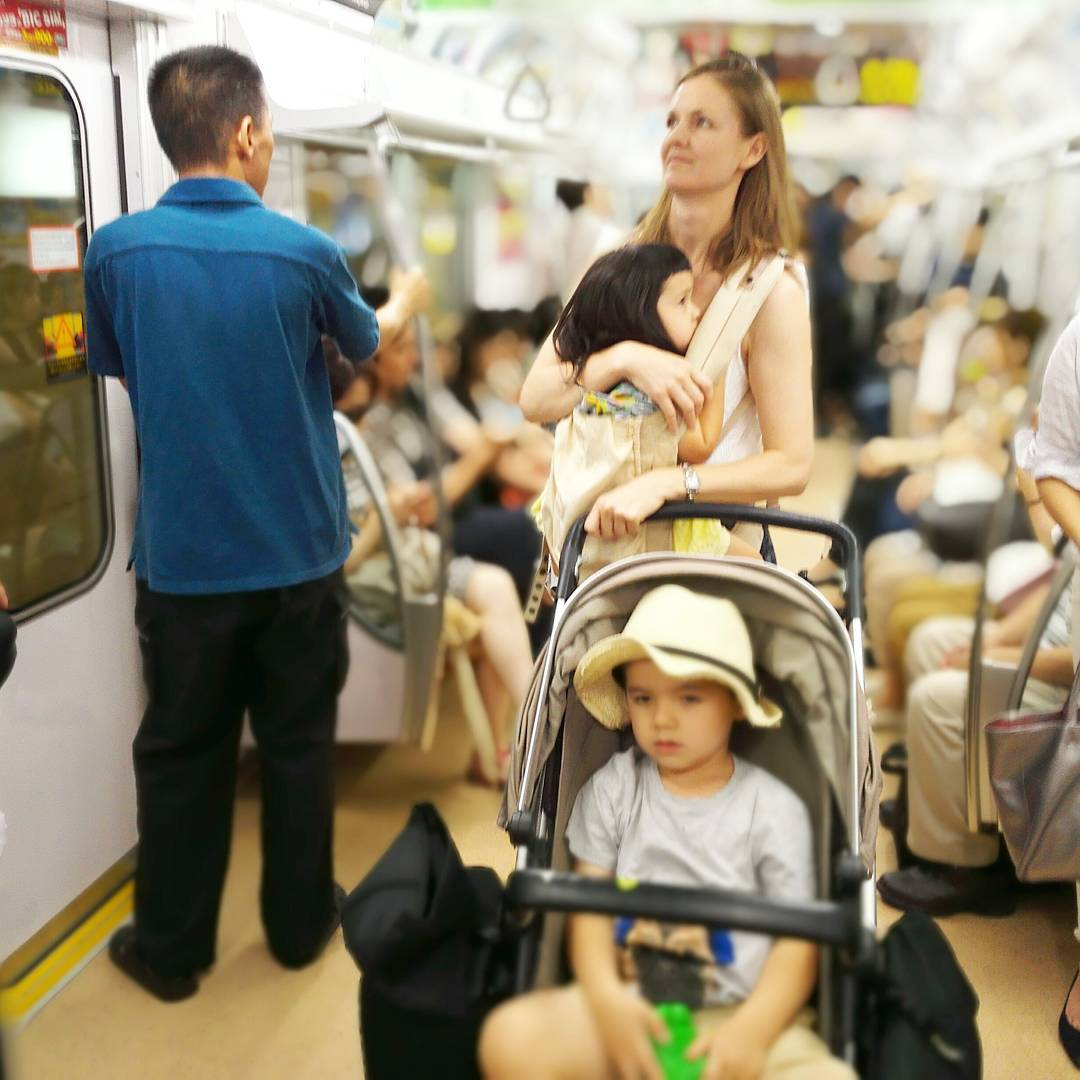 T i p ! If you are traveling to Tokyo, I highly recommend bringing both your stroller and baby carrier. I guarantee you will use both! Tokyo trains are usually very busy and it can be hard to find a seat, so if you have a stroller and carrier it can give you more flexibility to keep your kids comfortable and happy :)