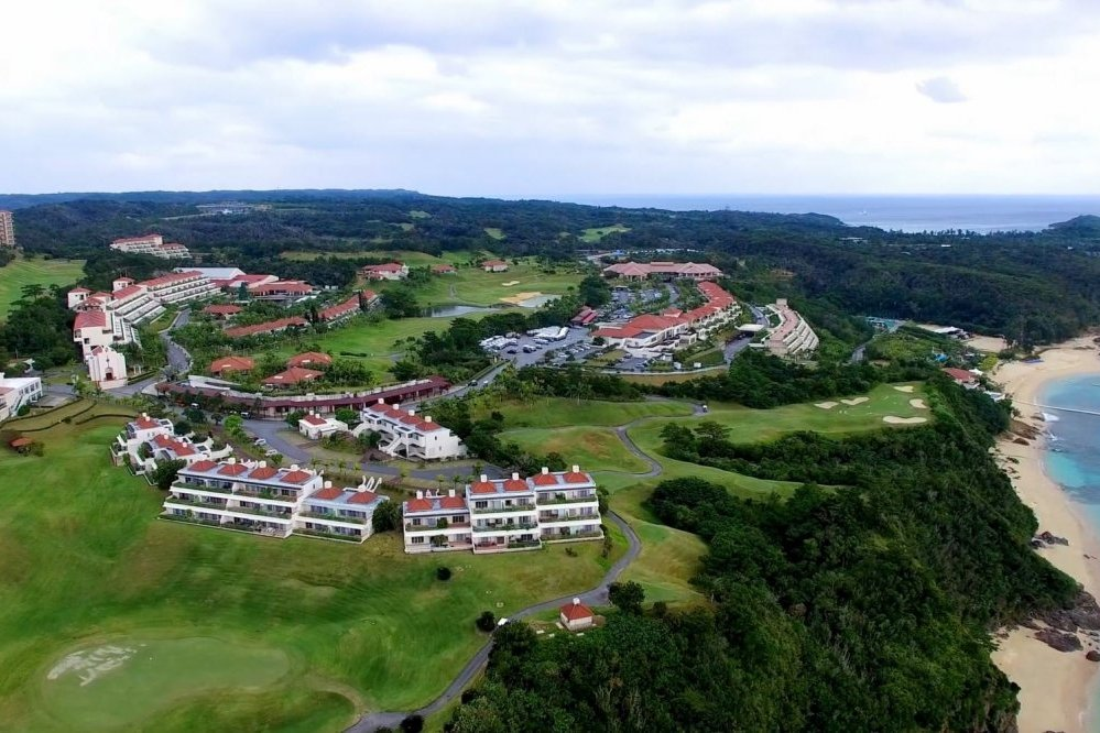 Okinawa Kanucha baby-friendly hotel golf course