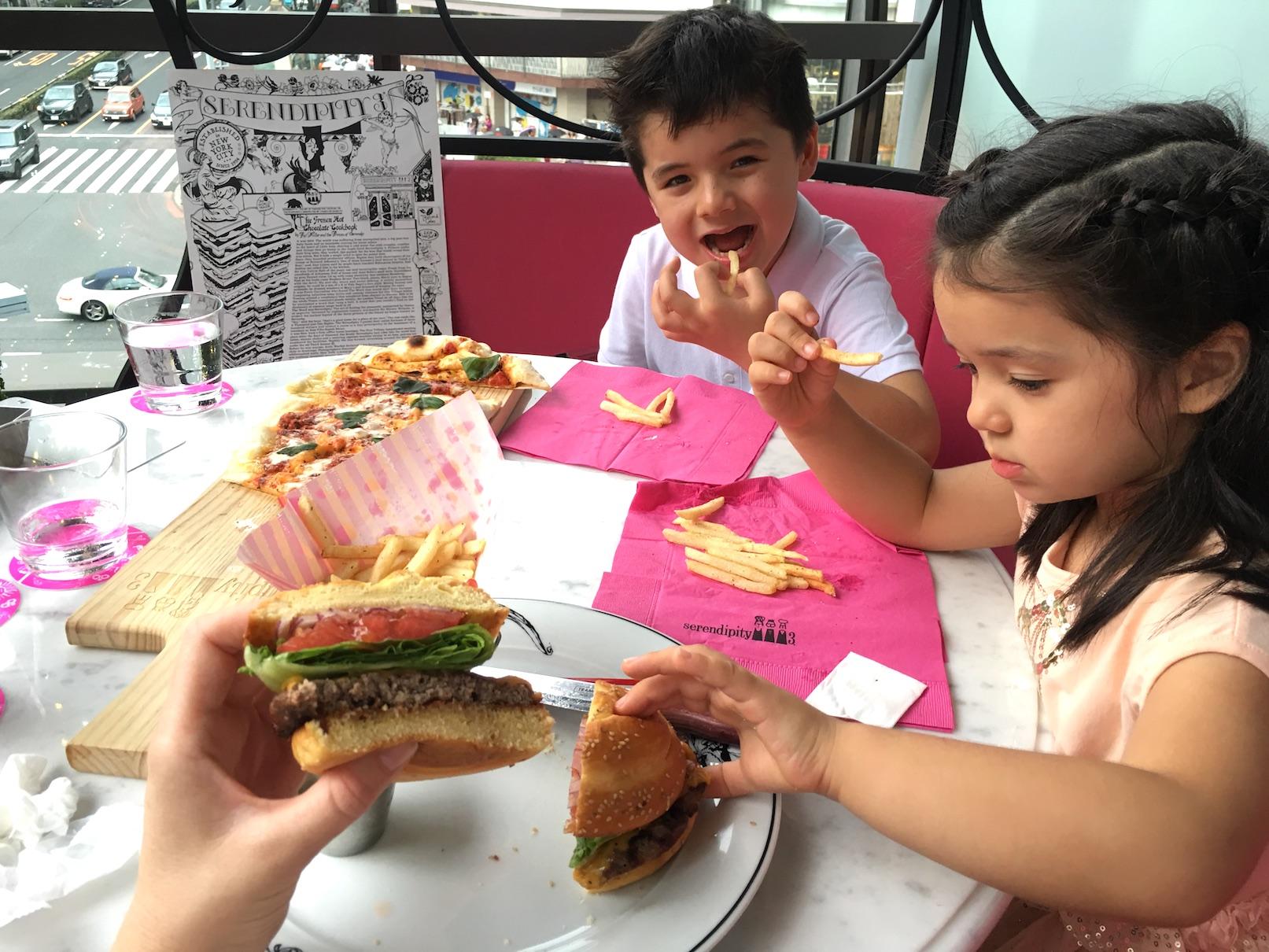 Serendity 3 child-friendly restaurant, Omotensando Tokyo burger
