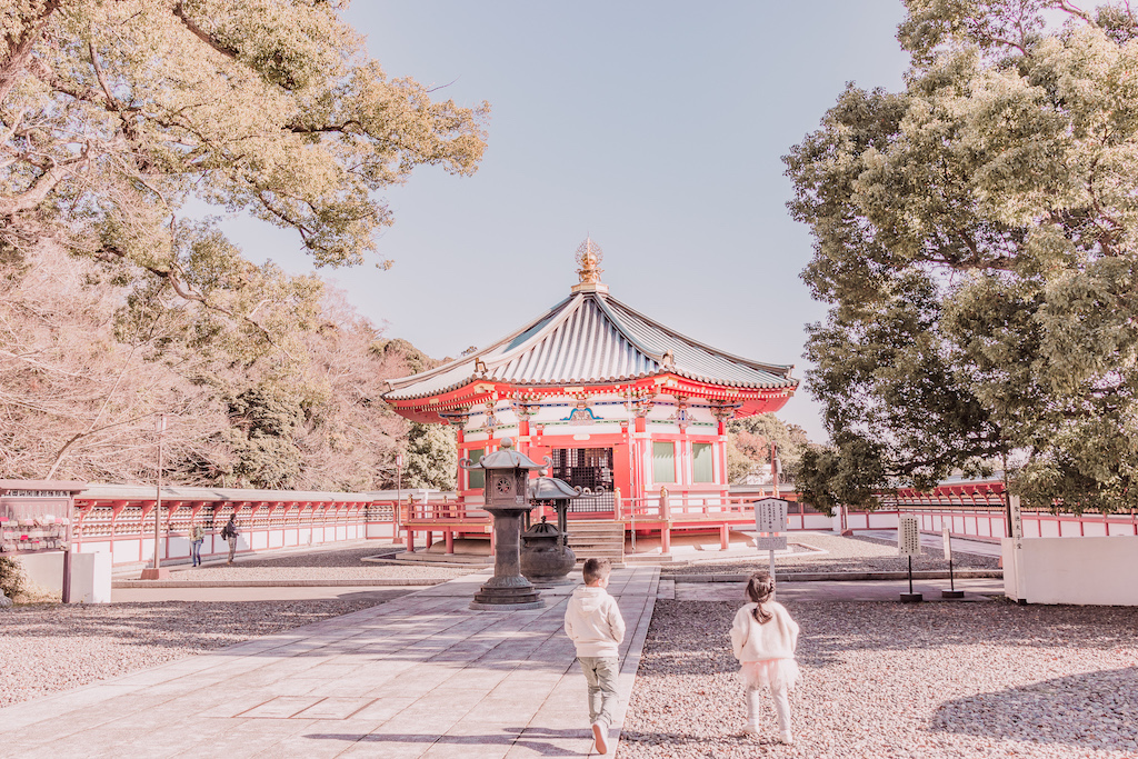 Narita-san Mountain Temple with kids