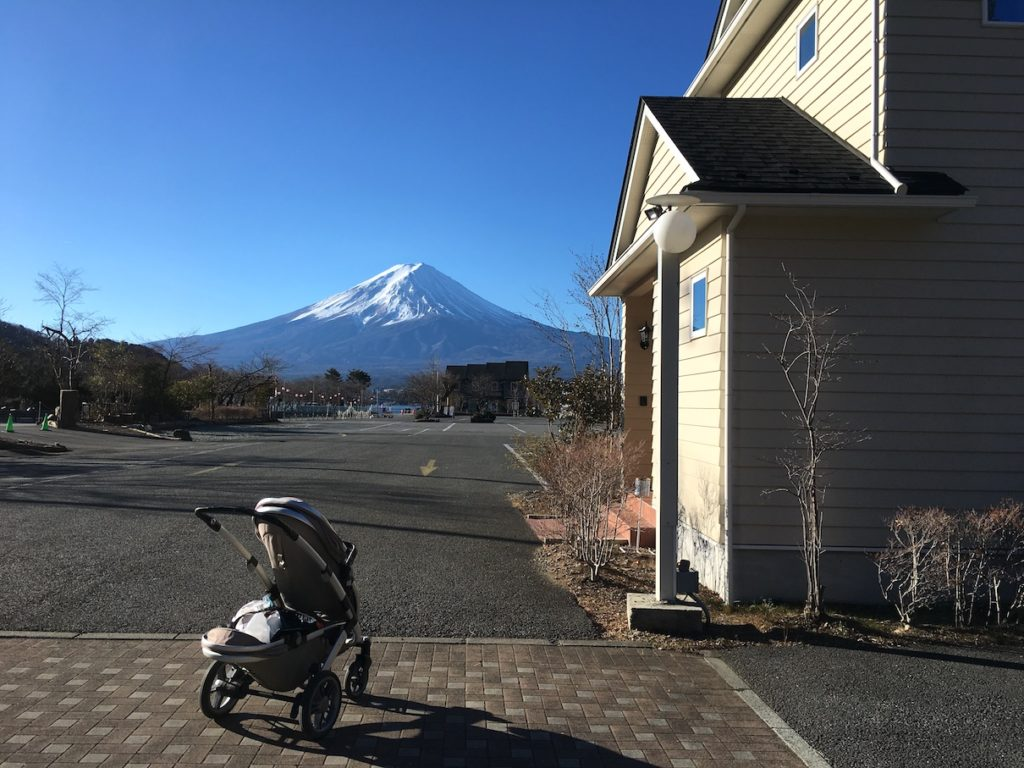Mt Fuji view cottage with kids and pram