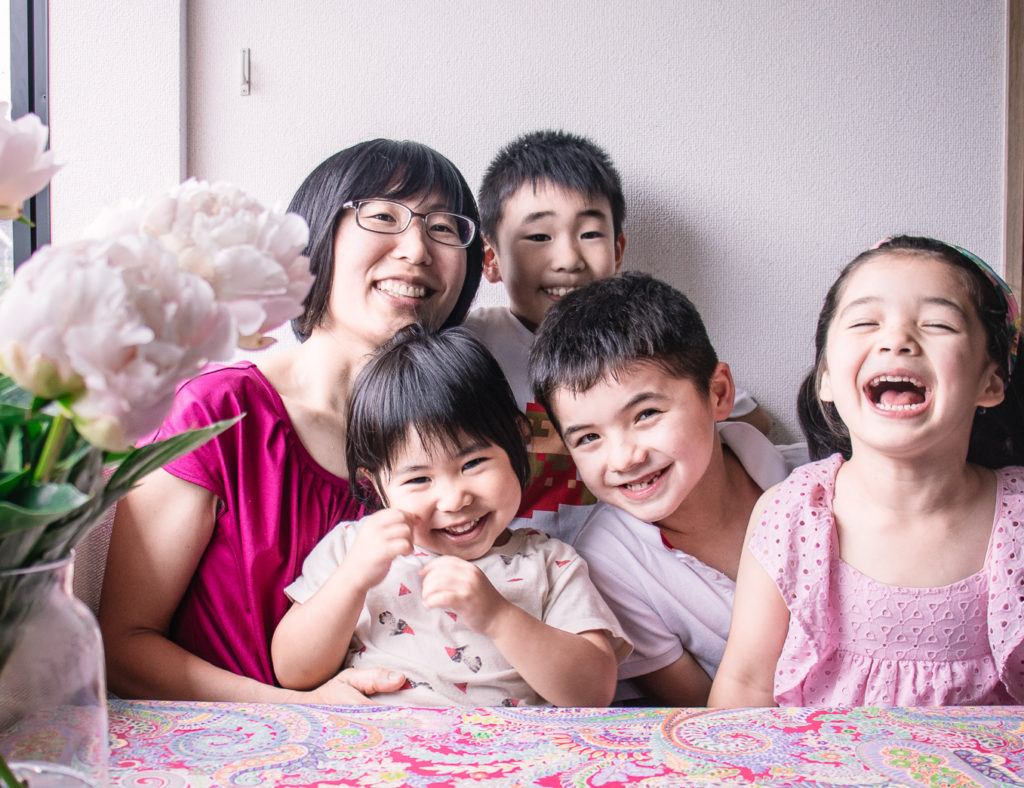 Interview with Japanese working mother Sayume group photo