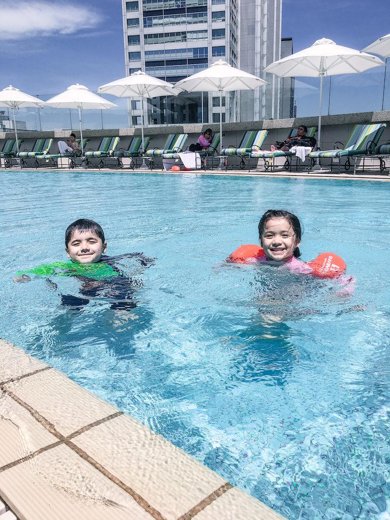 Grand Nikko Hotel Odaiba swimming pool kids